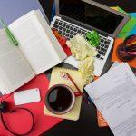 7 einfache Tipps für mehr Ordnung auf dem Schreibtisch